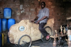 Lucky Makamu, wood sculptor, Elim, Limpopo, South Africa